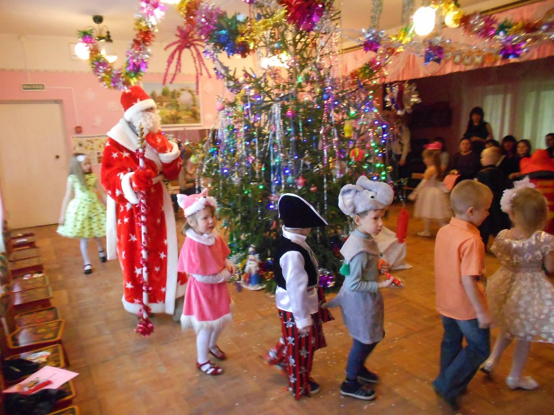 Новый год в детском саду смотреть