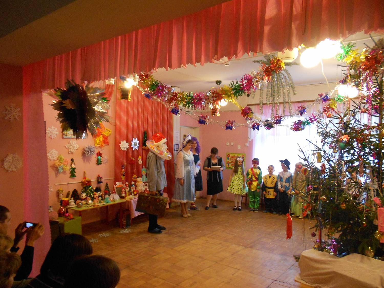 Деда мороза в детском саду родничок